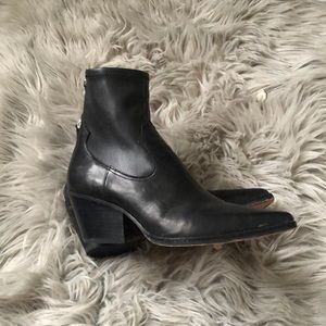 DOLCE VITA black leather rock and roll boots